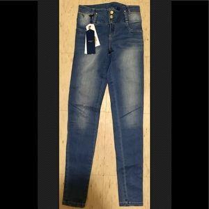 Studio F 🍑 Colombian jeans
